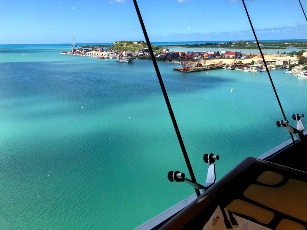Tripcaraibes à antigua barbuda croisiere port