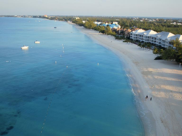 Seven-Mile-Beach-caymans